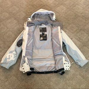 SALE!! DC Exotex Snowboarding jacket, size M.